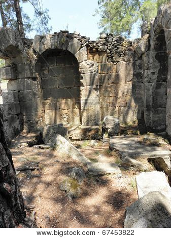 Remains of a large baths in the ancient city Seleukeia Lybre