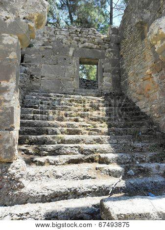 Staircase near the market square of Seleukeia Lybre