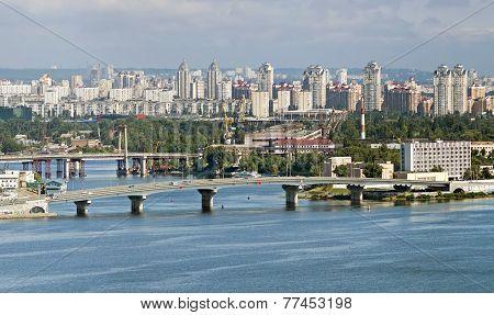 Havanskiy bridge in Kiev