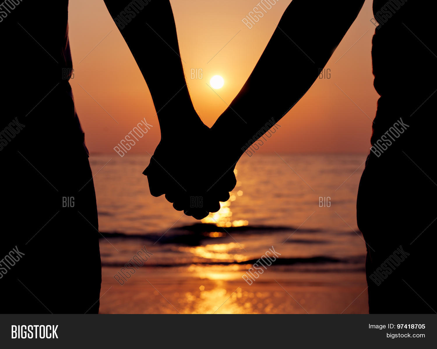 Silhouettes Couples Holding Hands Image  for Couple Holding Hands Silhouette Sunset  584dqh
