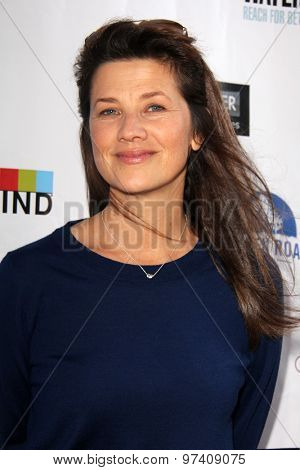 LOS ANGELES - JUL 29:  Daphne Zuniga at the