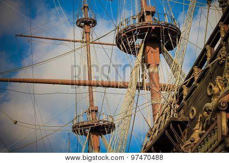 Old Pirates Galleon Creative Colors