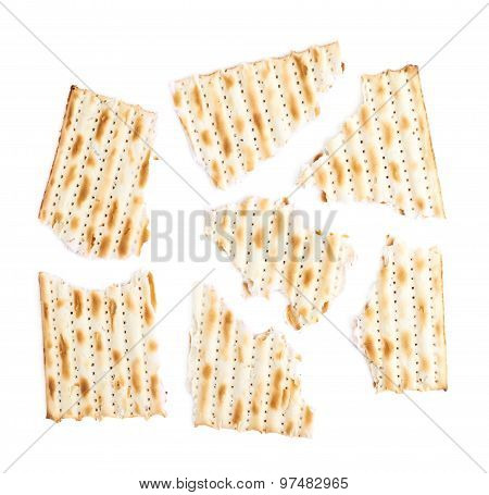 Cracked machine made matza flatbread