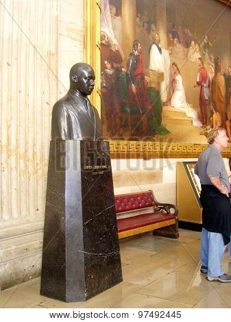 Washington Capitol Martin Luther King Bust 2004