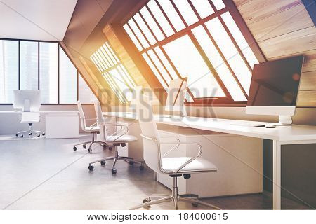 Attic Office, Toned