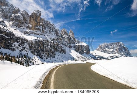 Italy Dolomites the road to Gardena Pass and the Sella Peacks and Sassolungo mountains