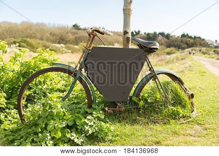 Bike with black board - could use be used to add directions.