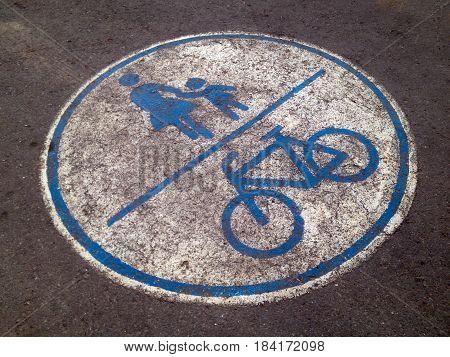 bicycle and kids symbolic on bicycle lane