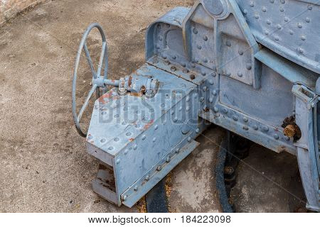 Steering control platform for Bombardier , the cannon