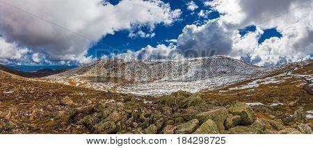 Beautiful Panorama Of Lake Cootapatamba And Snowy Mountains At Mount Kosciuszko Summit Walk. New Sou