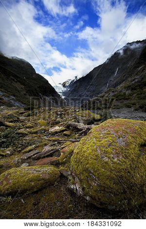 franz josef glacier most popular traveling destination in new zealand
