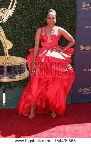 LOS ANGELES - APR 30:  Jasmine Sanders at the 44th Daytime Emmy Awards - Arrivals at the Pasadena Civic Auditorium on April 30, 2017 in Pasadena, CA