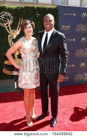 LOS ANGELES - APR 30:  Kevin Frazier, Yazmin Cader Frazier at the 44th Daytime Emmy Awards - Arrivals at the Pasadena Civic Auditorium on April 30, 2017 in Pasadena, CA