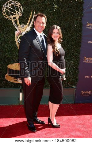 LOS ANGELES - APR 30:  Mark Steines, Julie Freyermuth Steines at the 44th Daytime Emmy Awards - Arrivals at the Pasadena Civic Auditorium on April 30, 2017 in Pasadena, CA