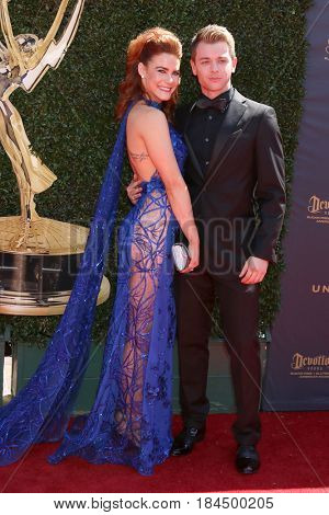LOS ANGELES - APR 30:  Courtney Hope, Chad Duell at the 44th Daytime Emmy Awards - Arrivals at the Pasadena Civic Auditorium on April 30, 2017 in Pasadena, CA