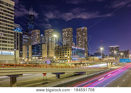 the scenes around city of Chicago Illinois