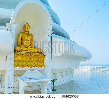 The Golden Statue
