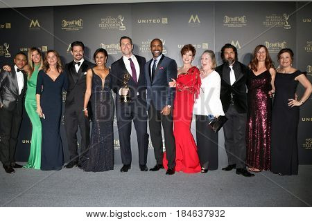 LOS ANGELES - APR 30:  Frank Valentini, General Hospital Cast, General Hospital in the 44th Daytime Emmy Awards Press Room at the Pasadena Civic Auditorium on April 30, 2017 in Pasadena, CA