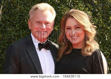LOS ANGELES - APR 28:  Pat Sajak, Lesly Brown Sajak at the 2017 Creative Daytime Emmy Awards at the Pasadena Civic Auditorium on April 28, 2017 in Pasadena, CA
