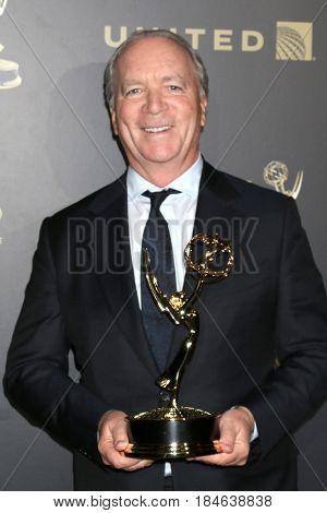 LOS ANGELES - APR 29:  Ken Corday at the 2017 Creative Daytime Emmy Awards at the Pasadena Civic Auditorium on April 29, 2017 in Pasadena, CA