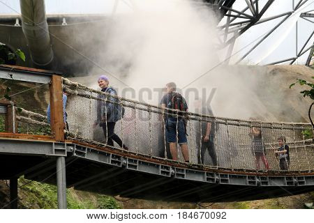 Bodelva, Cornwall, Uk - April 4 2017: Unidentified Guests In A Cloud Of Steam In The Tropical Biome