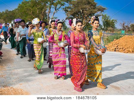 MANDALEY, MYANMAR-MARCH 5, 2017: Burmaneses at Shinbyu (pabbajja) ceremony of Theravada Buddhism near Mandaley on March 5, 2017, Mandaley. Myanmar. (Burma)