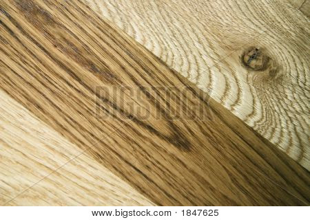 Light And Dark Oak