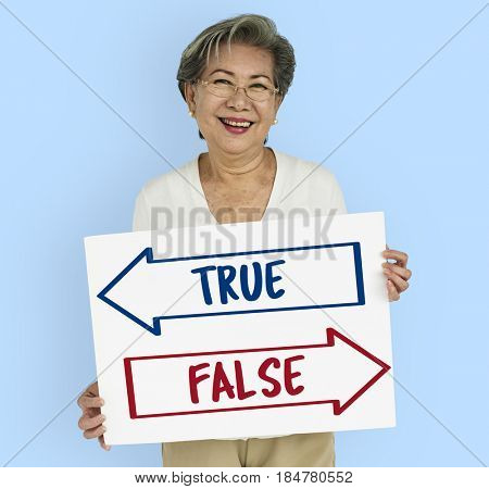 True False Choice Decision Word
