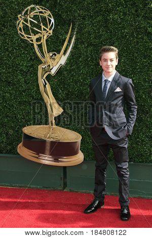 PASADENA - APR 28: Isaac Kragten at the 44th Daytime Creative Arts Emmy Awards Gala at the Pasadena Civic Centerl on April 28, 2017 in Pasadena, California