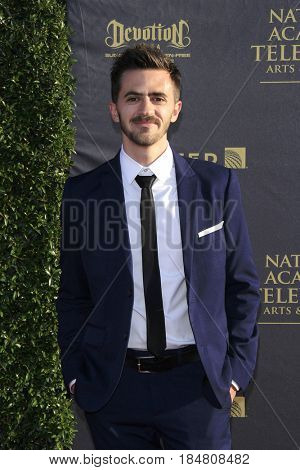 PASADENA - APR 28: Rob Pinkston at the 44th Daytime Creative Arts Emmy Awards Gala at the Pasadena Civic Centerl on April 28, 2017 in Pasadena, California