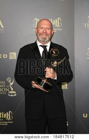 PASADENA - APR 28: Marc Guggenheim at the 44th Daytime Creative Arts Emmy Awards Gala at the Pasadena Civic Center on April 28, 2017 in Pasadena, CA