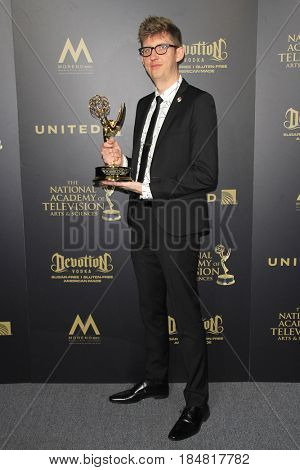 PASADENA - APR 28: Kevin Dart at the 44th Daytime Creative Arts Emmy Awards Gala at the Pasadena Civic Center on April 28, 2017 in Pasadena, CA