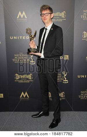 PASADENA - APR 28: Kevin Dart at the 44th Daytime Creative Arts Emmy Awards Gala at the Pasadena Civic Center on April 28, 2017 in Pasadena, CA