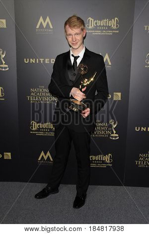PASADENA - APR 28: Phil Jacobson at the 44th Daytime Creative Arts Emmy Awards Gala at the Pasadena Civic Center on April 28, 2017 in Pasadena, CA