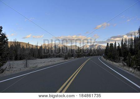 Road To Mount Ida