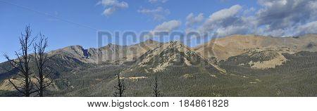 Extra-wide Mountain Panarama