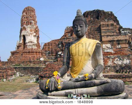 Wat Mahatat Buddha