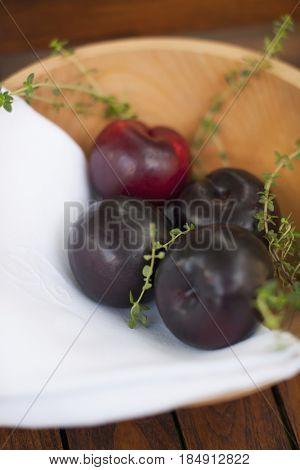 Damson plums in bowl