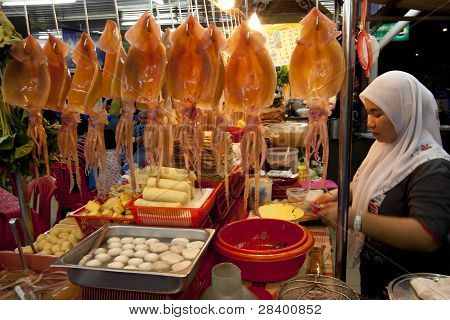 Muslim lady sells Yong Tau Foo