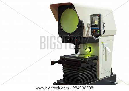High Technology And Modern Profile Projector Or Optical Comparator For Silhouette Precision Measurin
