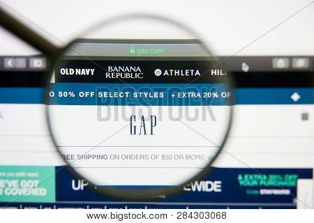 Los Angeles, California, Usa - 14 February 2019: Gap Website Homepage. Gap Logo Visible On Monitor S