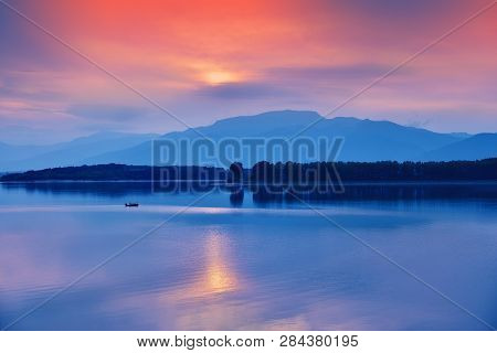 Incredibly Beautiful Sunset.sun, Sky,lake.sunset Or Sunrise Landscape, Panorama Of Beautiful Nature.