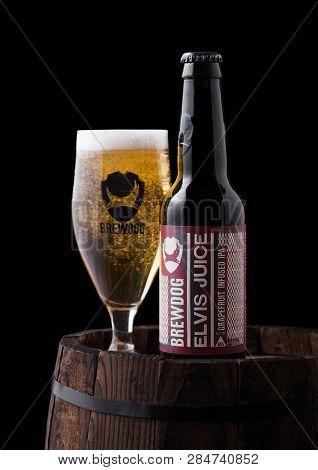 London, Uk - February 06, 2019: Bottle And Glass Of Elvis Juice Grapefruit Ipa Beer, From The Brewdo