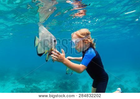 Happy Family - Active Kid In Snorkeling Mask Dive Underwater, See Tropical Fish Platax ( Batfish ) I