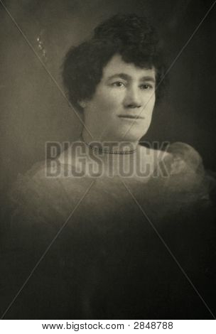 Vintage 1925 Photo