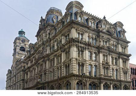 Milwaukee, Wi/usa -november 23, 2018: The Mitchell Building Is A Milwaukee Landmark Built In 1876 Of