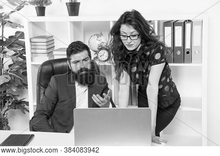 Digital Interaction With Customers. Busy Coworkers Use Laptop. Busy Work. Busy Working Day In Modern