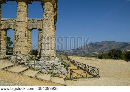 Doric Greek Temple From The 5th Century Bc, In The Surroundings Of The Ancient City Of Segesta In Th
