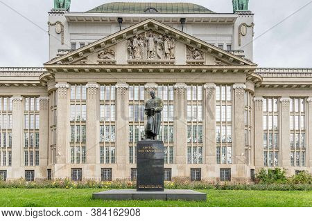 Zagreb, Croatia - May, 07, 2017: Croatian National Archives With A Statue Of Don Frane Bulic In Fron