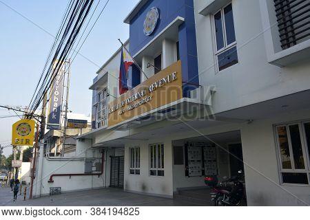Mandaluyong, Ph - Oct 6 - Bureau Of Internal Revenue Facade On October 6, 2018 In Mandaluyong, Phili